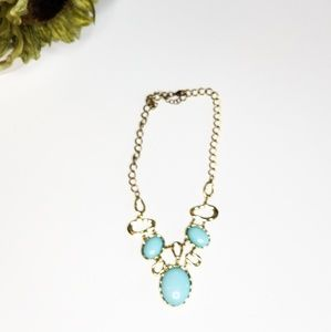 Jewelry - Light blue and gold necklace